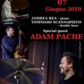 Adam Pache stasera special guest al Music Art di Napoli