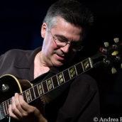 Il chitarrista jazz Luigi Tessarollo con il suo Hammond Trio in concerto ad Asti il 27 Giugno